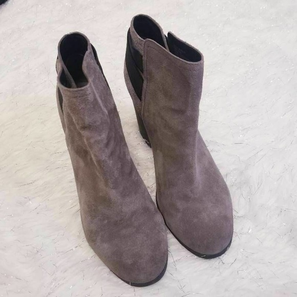 Kenneth Cole Reaction Might Make It Ankle Boots